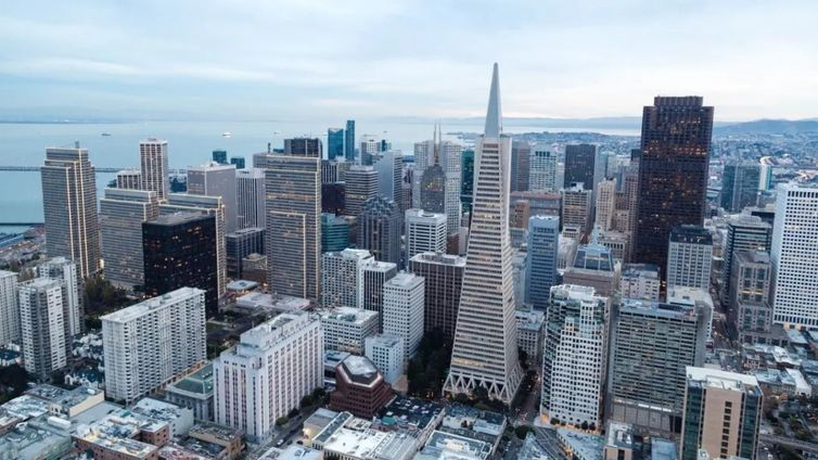 风物长宜放眼量 写在房地产信托行业调控的当下丨领带研究